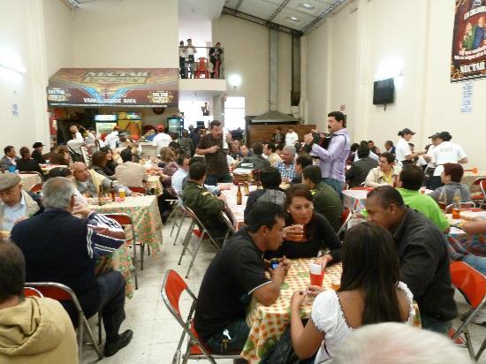 Vamos Donde Rafa : Eine Art Haxen-Hofbräuhaus in Bogota