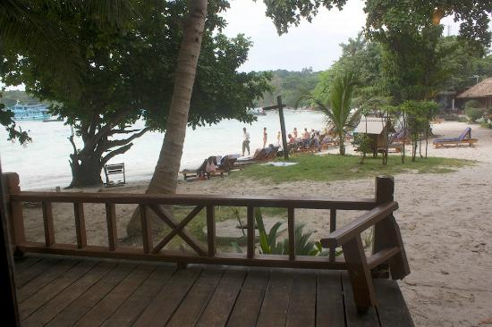 Samed Cabana Resort: View from the front door--notice the rotten broken railing and also the unobscured sewer drain
