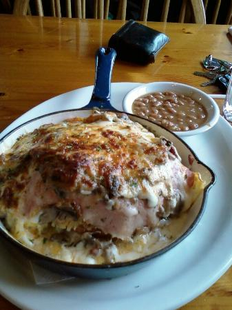 Swiss Bear Restaurant & Bakery: big bear breakfast skillet