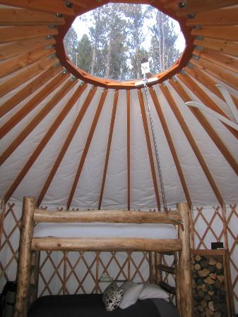Tennessee Pass Sleep Yurts : Full size bunks with a view