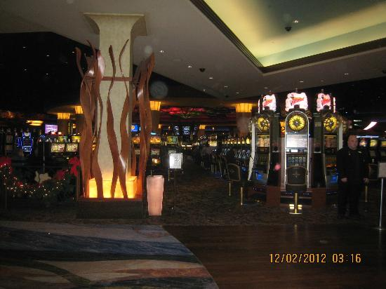 The Woodlands Inn: casino