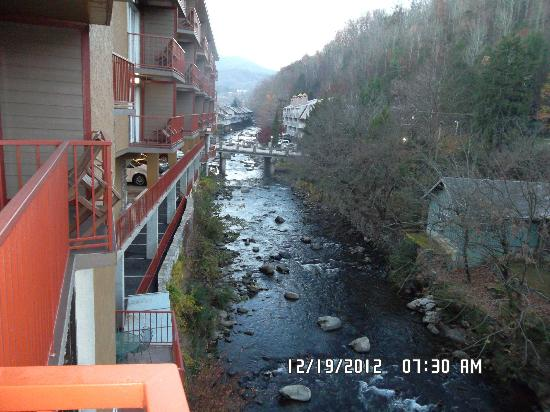 Baymont Inn & Suites Gatlinburg On The River: View from our balcony.