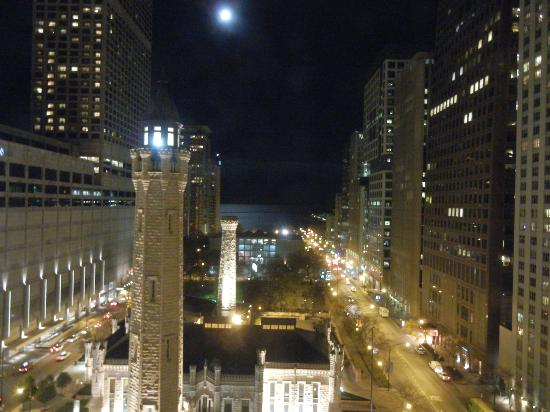 Park Hyatt Chicago: Our view at night