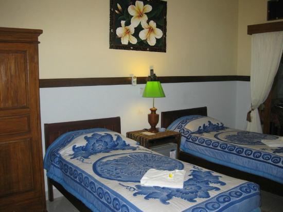 Sayang Maha Mertha: Kamar AC, malam terakhir di Bali, upgrade ke kamar yg lebih ok