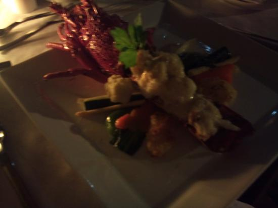 Living Asia Resort and Spa Lombok: romantic dinner main course menu, lobster with cheese
