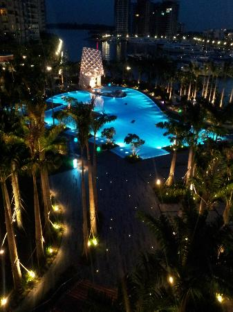Night view of the pool - Picture of W Singapore Sentosa ...