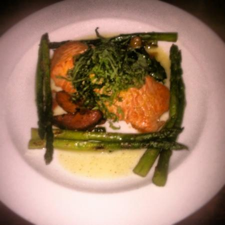 Doolittles Woodfire Grill : By far the best salmon I've ever had