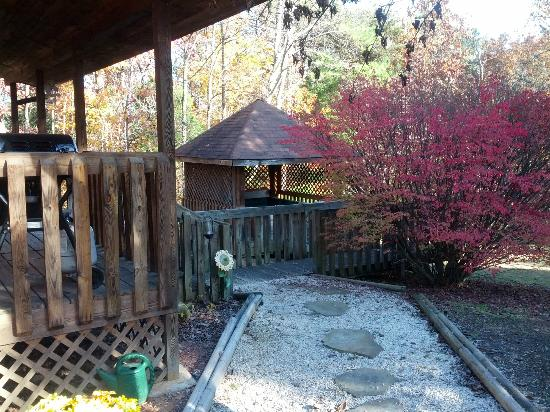 High Valley Rentals: Sunflower: View of Porch and Hot Tub