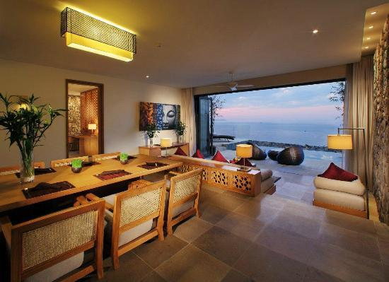 Mia Resort Nha Trang: Mia Suite Dining Room & Lounge