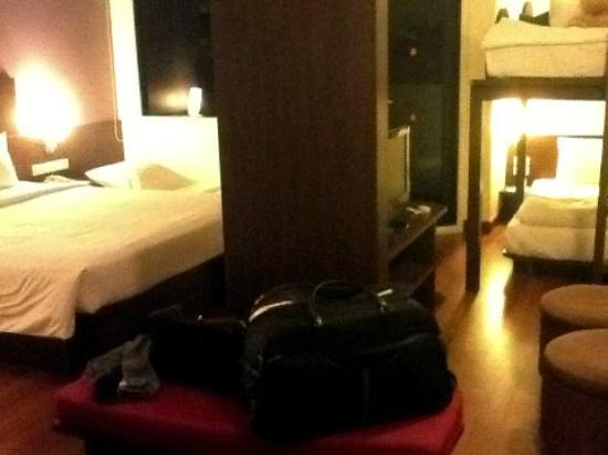 ibis Phuket Patong: Family Room + 1 extra bed