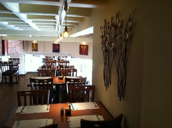 Cafe De La Flor: Plaza Rio Second Floor