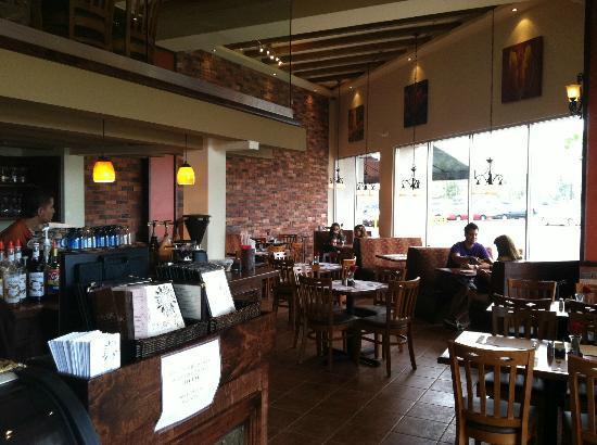 Cafe De La Flor: Plaza Rio First Floor