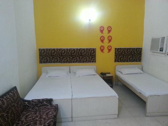 Hotel Kabli: Room