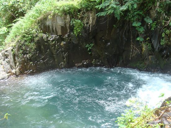 Gitgit Waterfall: Gitgit small Waterfall