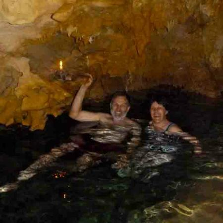 Anatakitaki Cave (Kopeka Cave) : The swim the cavern by candelight is a must do!