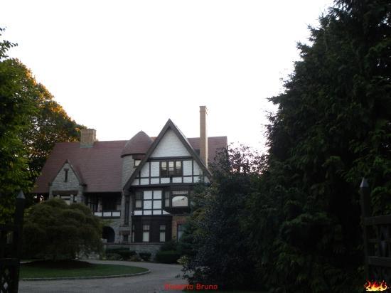 Bellevue Avenue - Splendide case