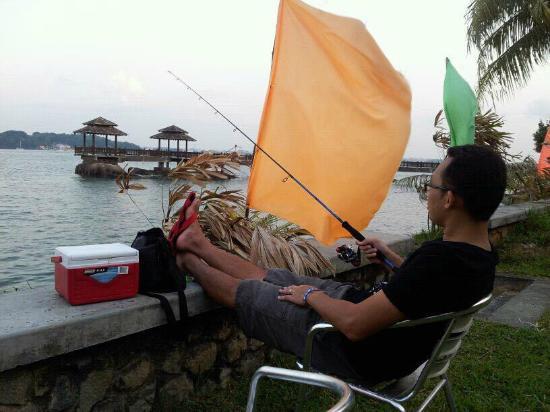 Celestial Resort Pulau Ubin: Fishing outside the room.