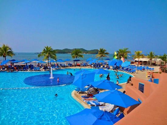 Azul Ixtapa Beach Resort Convention Center Many Pools