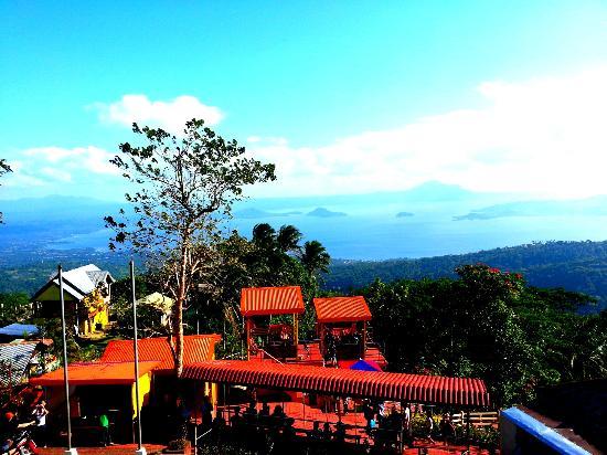 Picnic Grove: Tagaytay Ziplne