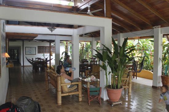 Hotel Pura Vida: Lobby / Lounge