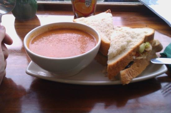 The Blackberry Cafe : combo zuppa+sandwich