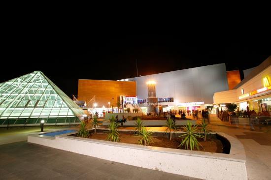 Terraza cc meridiano fotograf a de centro comercial - Centro comercial del mueble tenerife ...