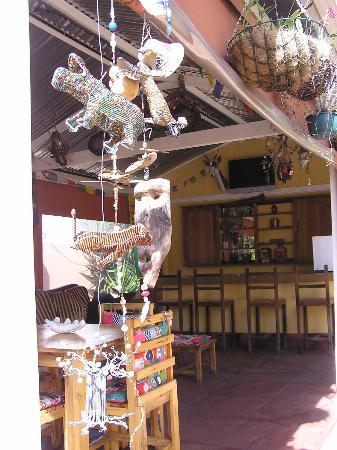 Sleepy Gecko Guesthouse : le Bar