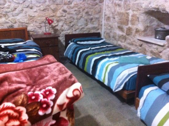 Antique Hostel: old stone walls!!
