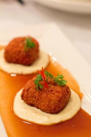 Allure on Currumbin: Oxtail croquettes on truffled cauliflower cream and roasting juices