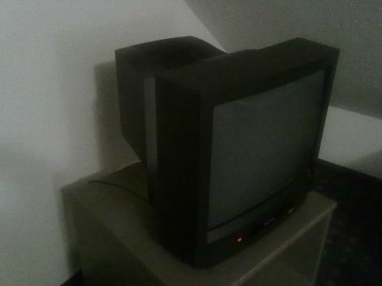 Air Hotel Wartburg : television in the room