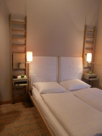 Hotel Bleibtreu Berlin by Golden Tulip: la nostra camera,numero 107