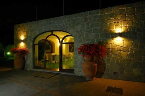ingresso dell'hotel Imperamare