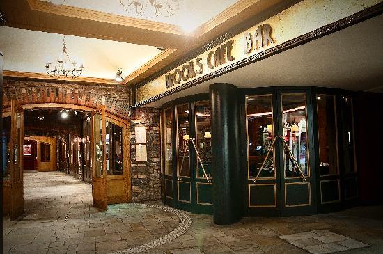 Brooks Carlow: Brooks Café Bar Exterior