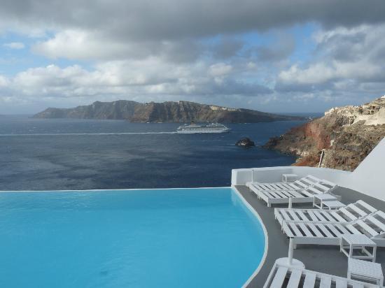 Katikies Hotel: piscine principale de l'hôtel (3 au total)