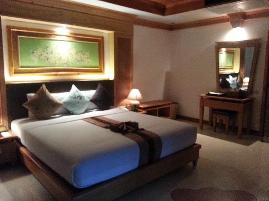 Somkiet Buri Resort: Room 2004