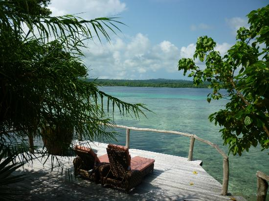 Ratua Private Island: Deer villa deck