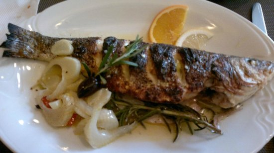 Da Clara:                   sea bass on rosemary/ excellent home made pesto!
