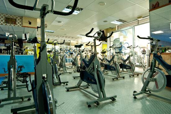 Olympic Beach Gym : Spininng