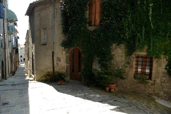 Boveglio, Italie: la casa del gelsomino