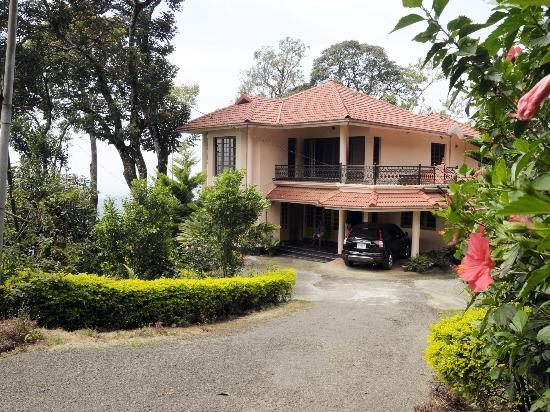 Estate Residency: view of the property