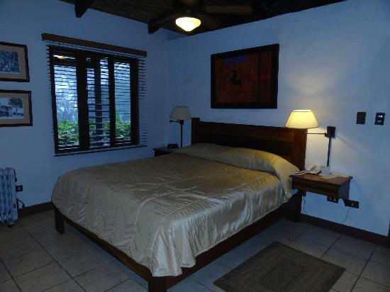 Villa Blanca Cloud Forest Hotel and Nature Reserve: Our room