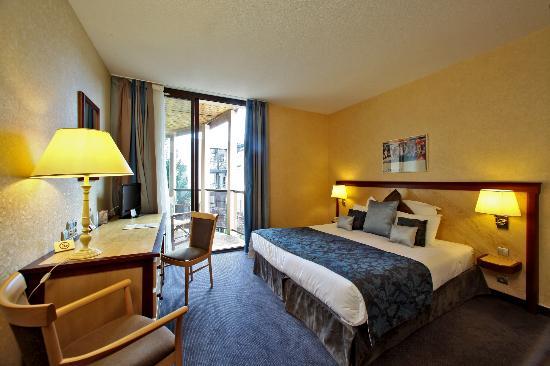 Hotel de Selves : chambre supérieure terrasse