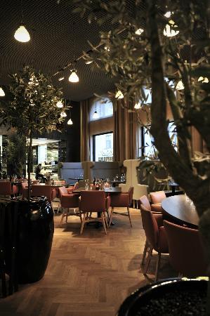 Comfort Hotel Grand Central: In-house restaurant Bella Bambina (Italian)