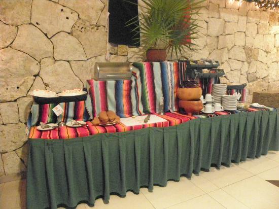 Hotel El Tukan: Buffet dei dolci con Caffè Atzeco