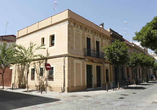 Coroleu House Barcelona: The House