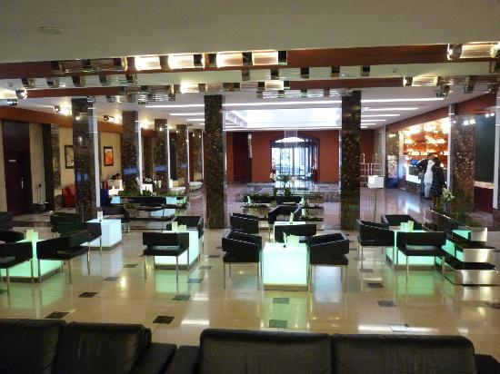 Hotel Grand Majestic Plaza Prague: Salle d'entrée