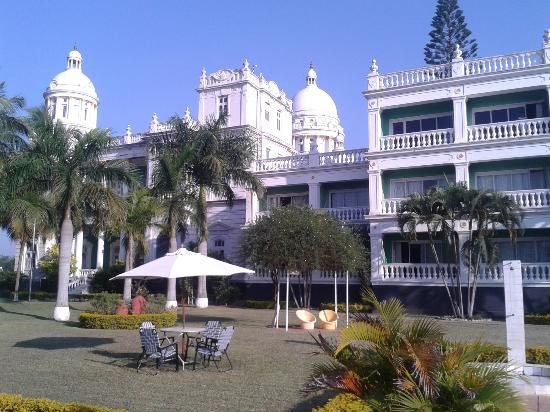 Pool Picture Of Lalitha Mahal Palace Hotel Mysuru