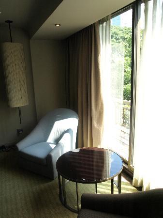 Swissotel Nai Lert Park: ventana habitación