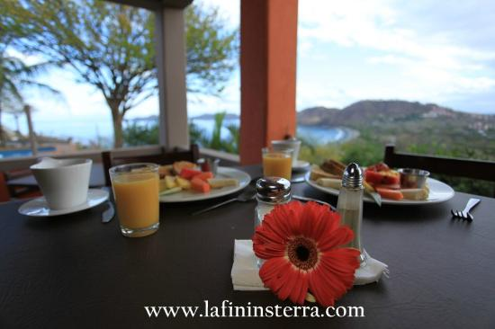 Restaurante la Finisterra: Our hearty and delicious full breakfast.