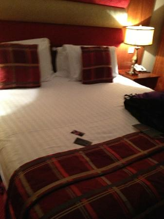 Carlton George Hotel: Bed